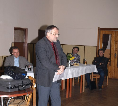 Přednášející Mgr. Hubka